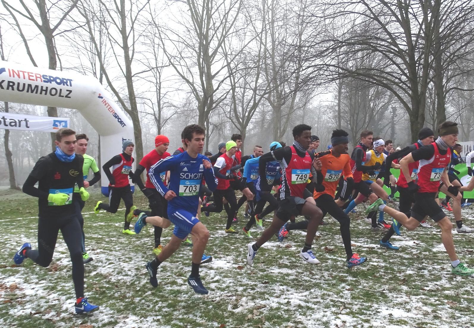 Kaderathleten erfolgreich im Crosslauf